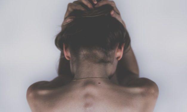 [I 7 PECCATI capitali dell'epilazione permanente che possono COMPROMETTERE totalmente i tuoi risultati e non permetterti MAI più di avere una pelle Liscia Per Sempre. Peccato numero 2]